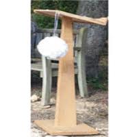 Pupitre grand modèle en bois pour cérémonie laique en location